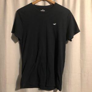 Black Hollister t-shirt